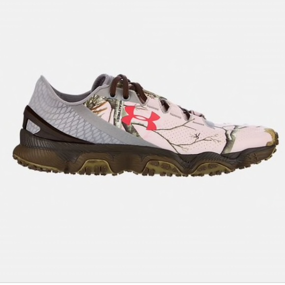 low priced 12951 bf935 Under Armour SpeedForm XC Camo Trail Running Shoes.  M 5bb7dd487386bcc3088d6181